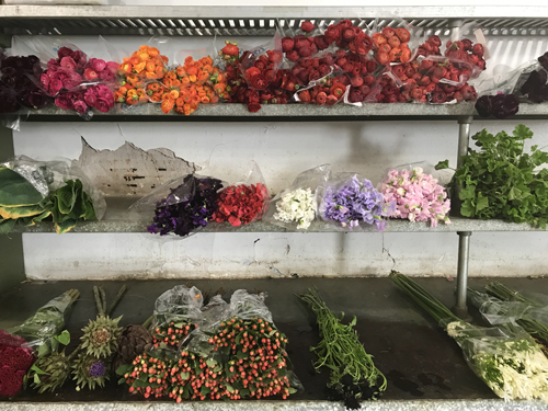 Start early so you can see the Flower District come alive. Since the flower pros arrive around 5:30 am, you should plan on arriving between 8-9 am to see ...