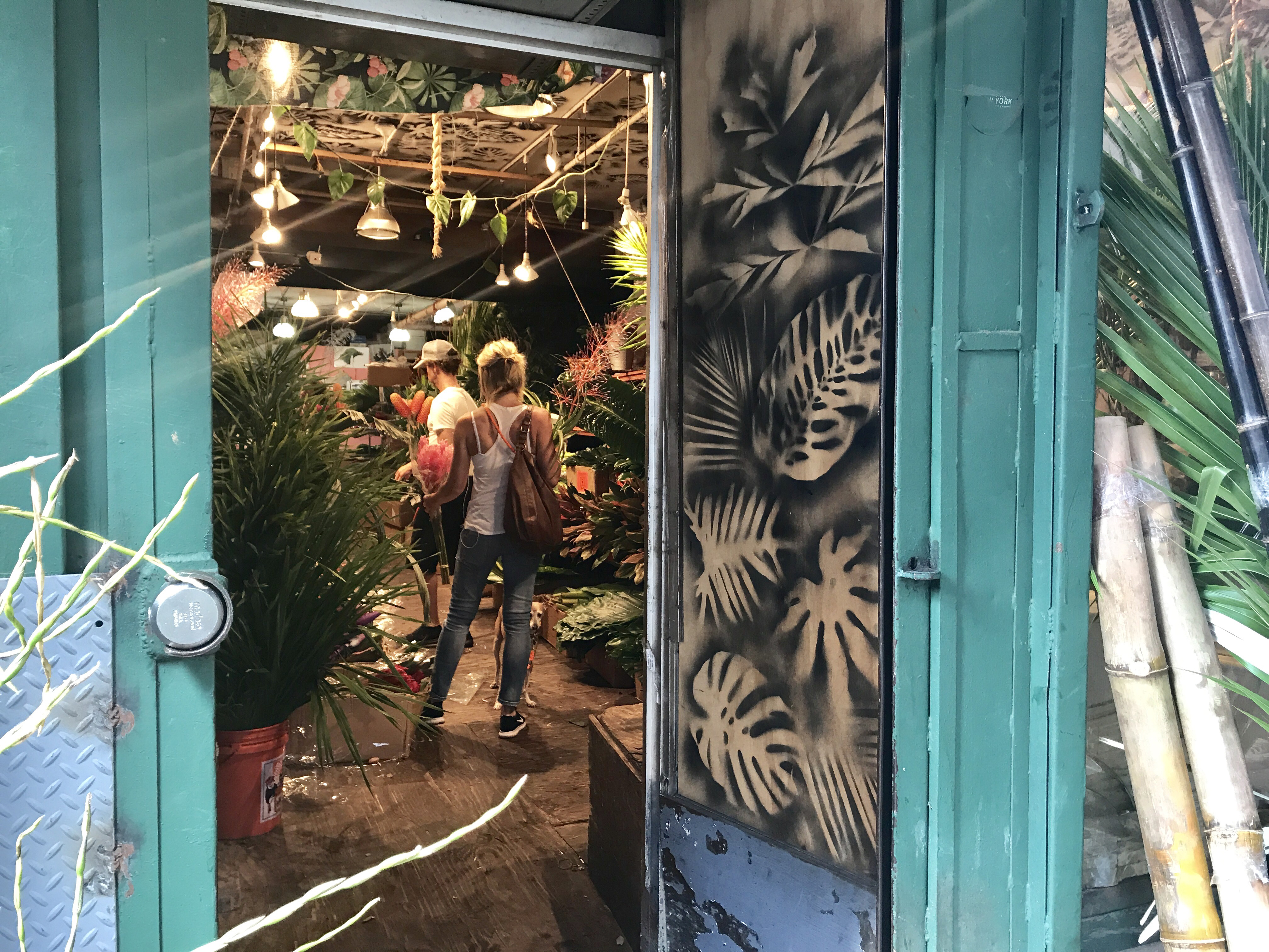 Spend a morning in the chelsea flower market jrose wholesale flowers 117 west 28th street one of my favorites with a large selection of beautiful flowers and to die for roses dhlflorist Gallery